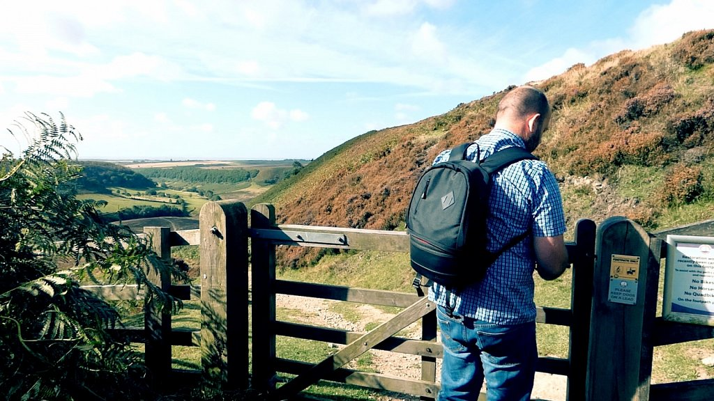 Path-down-to-the-Hole-of-Horcum.jpg