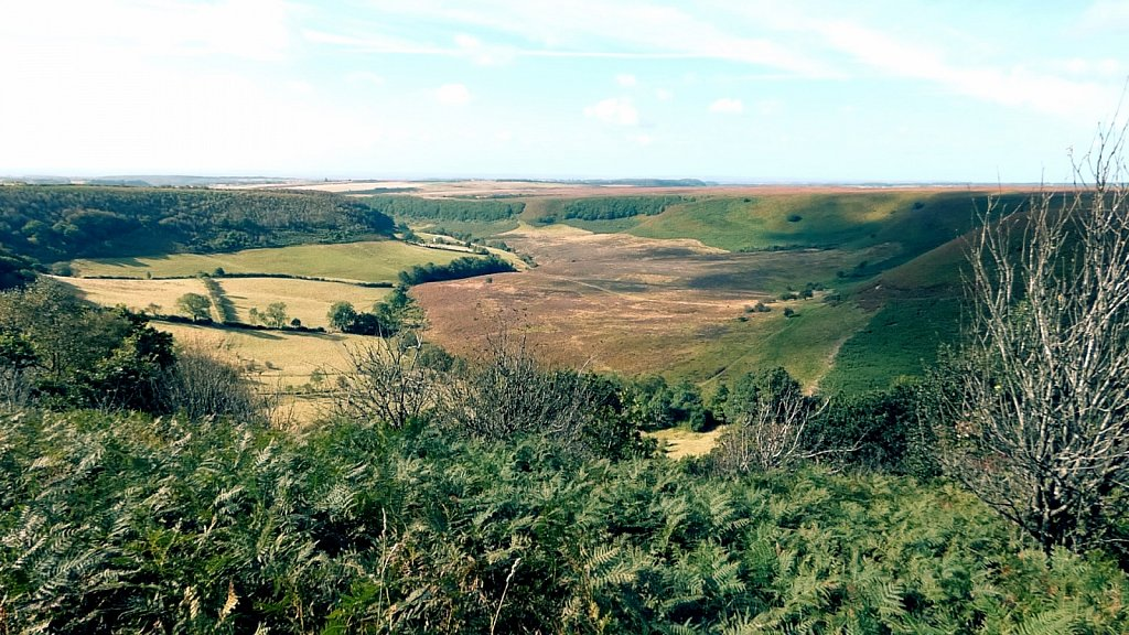 Looking-down-the-Hole-of-Horcum.jpg