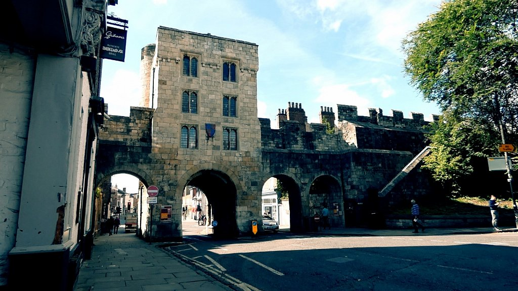 Micklegate-Bar-Rear-York-City-Walls.jpg