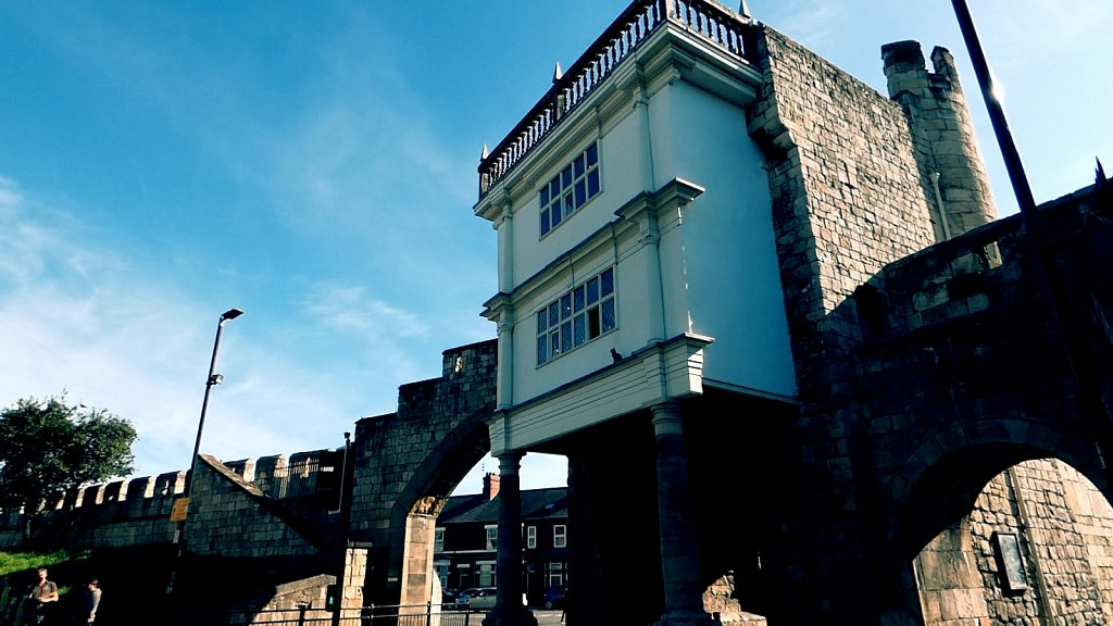 Elizabethan-Extension-Walmgate-Bar-York-City-Walls.jpg