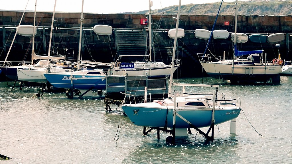 Harbour-and-Marina-Scarborough-North-Yorkshire.jpg