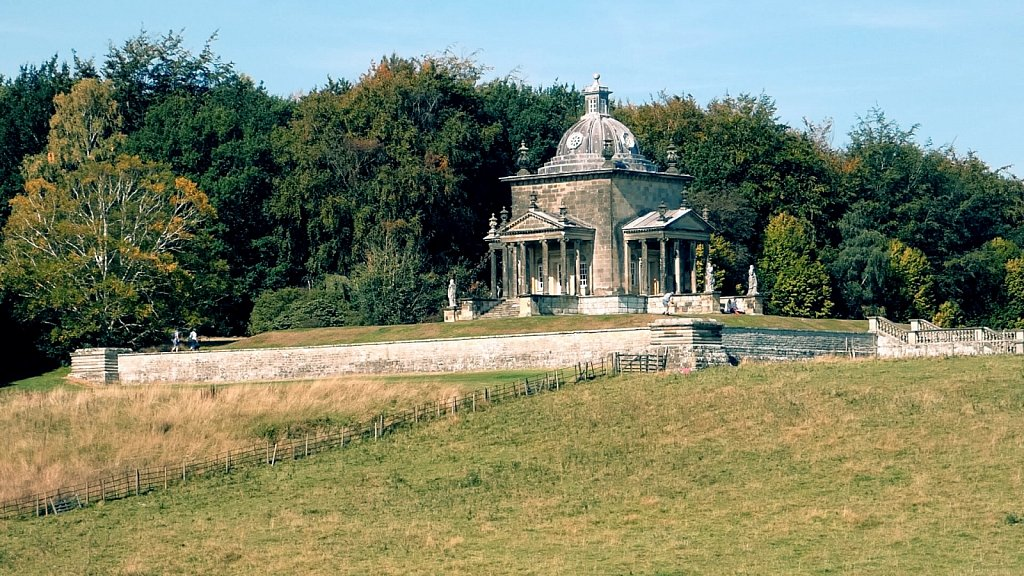 Temple-of-the-Four-Winds-Castle-Howard.jpg